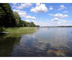 Noclegi bezpośrednio nad jeziorem powidzkim i czarter jachtu